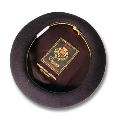 BOINA ELÓSEGUI, calidad Tupida, lana en color negro. Trece pulgadas.