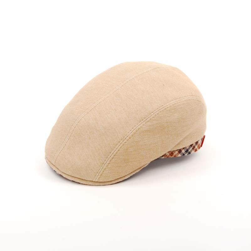 Gorra visera en color beige, diseño tipo pitt, GORRA DE VERANO, MADE IN ITALY
