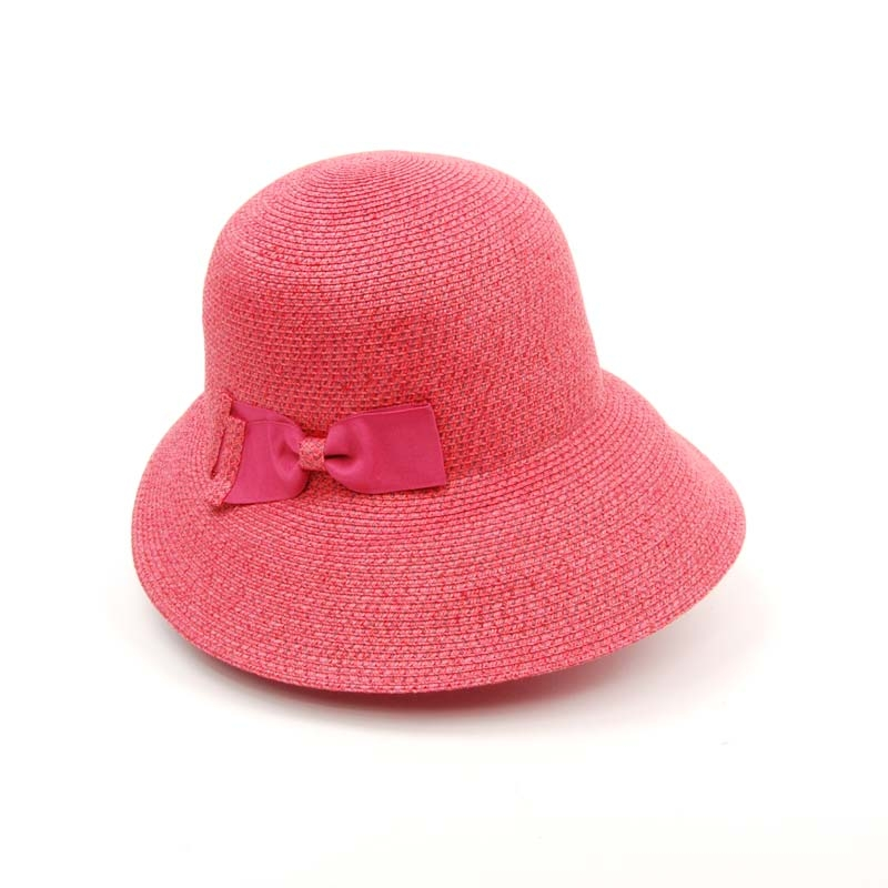 Pamela de mujer en color rosa, flexible ligera y cómoda.