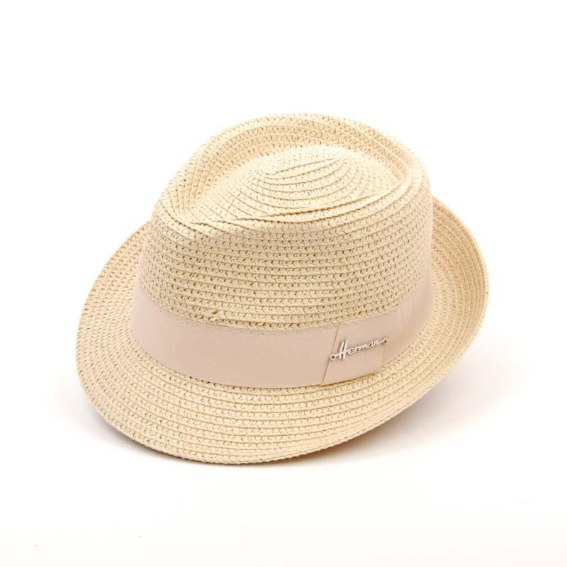 Sombrero sport, flexible, para el verano. En color Beige.